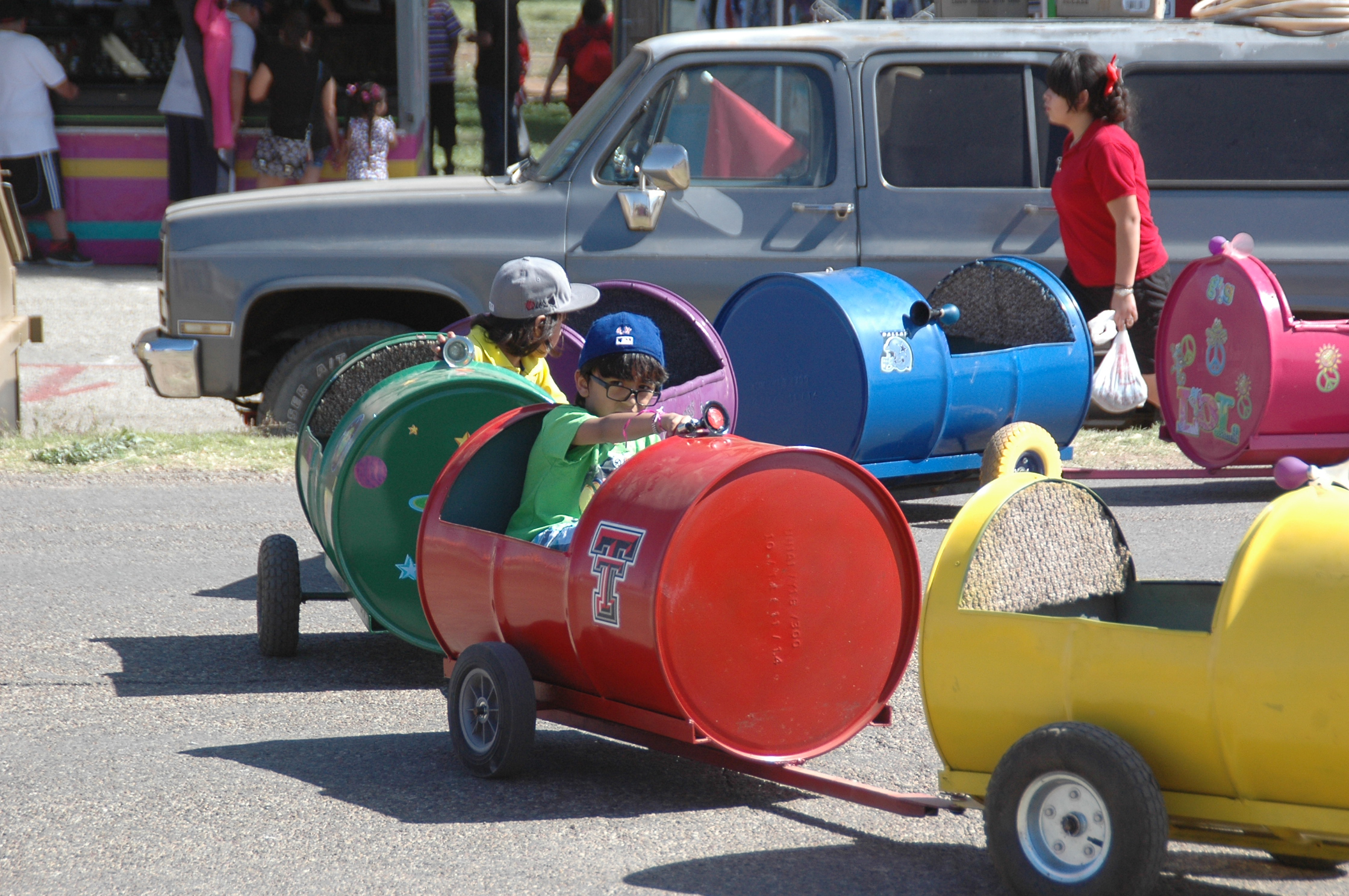 kids in barrel train